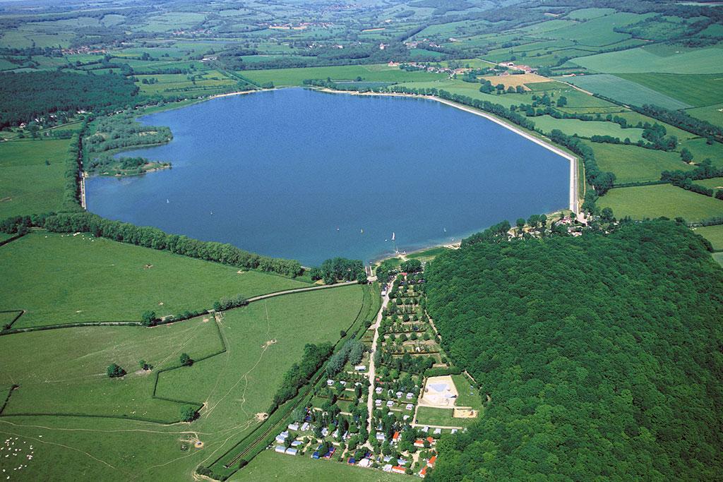 Les activit s au bord ou sur lac de panthier for Piscine du lac tours tarif